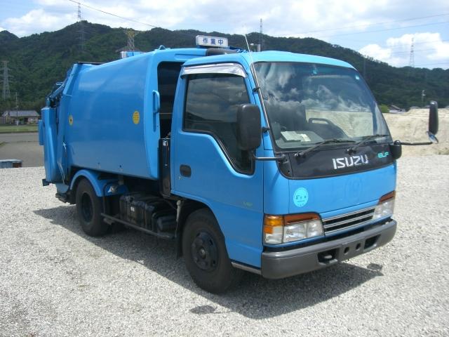 ゴミ収集車 2トン