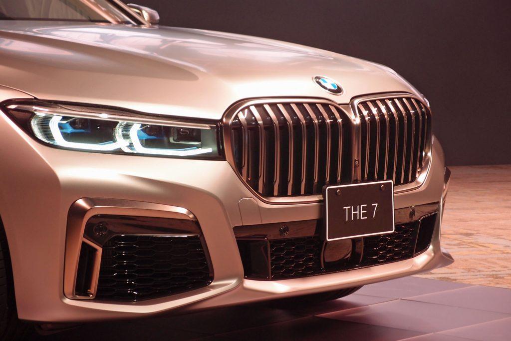 BMW グリル