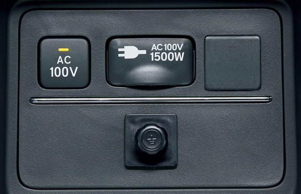オデッセイ 100V AC電源