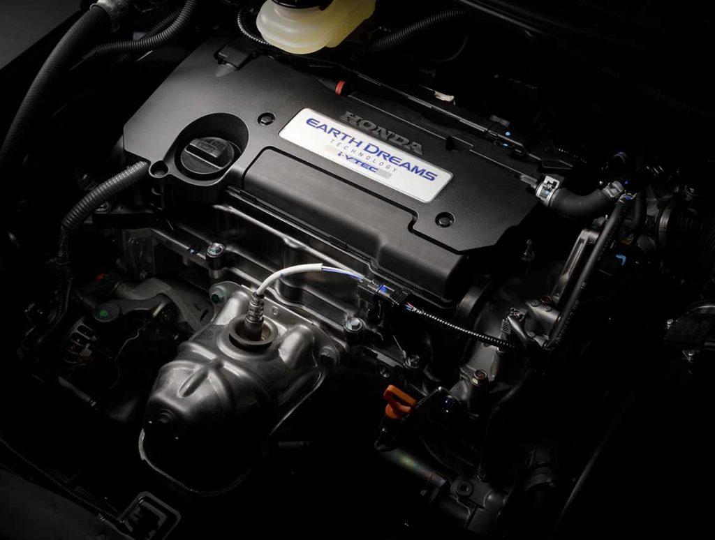 オデッセイ DOHC i-VTECエンジン