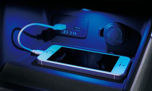 フォレスター センタートレイ&USB電源