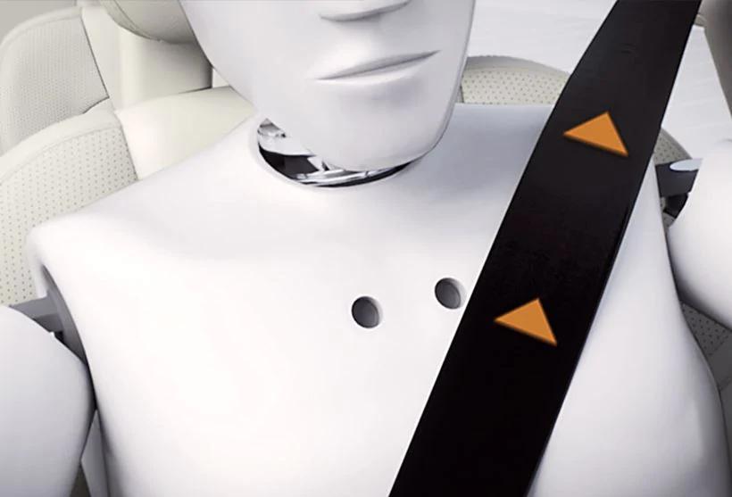 XC60 電動プリクラッシュ・テンショナー付フロントシートベルト